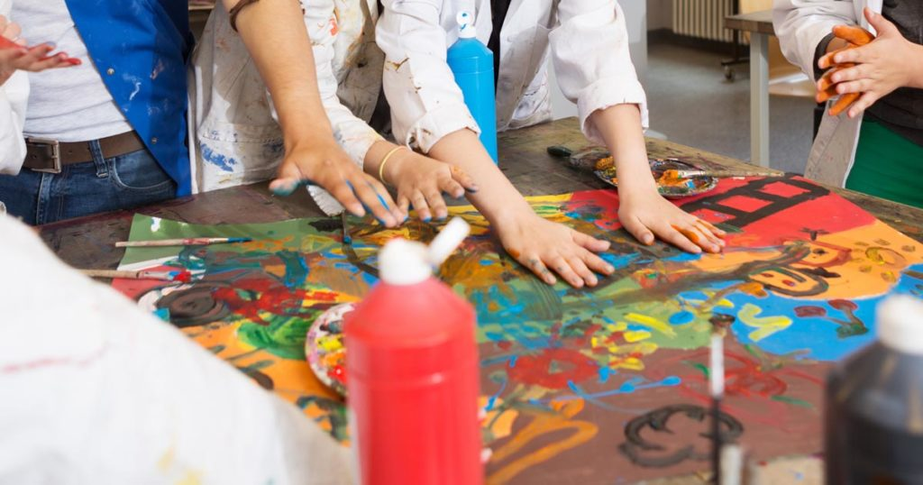 Art Therapy in Groups